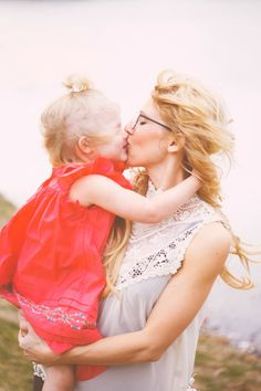 The most magical relationship is the one between a mother and her child. Baby Mine, Mom And Baby, Mommy And Me Photo Shoot, Cute Little Baby, Daughter Love, Daughters, Mother And Child, Mothers Love, Happy Kids