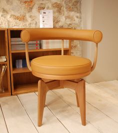 1000 images about expo le corbusier art design on pinterest charlotte p - Fauteuil design le corbusier ...