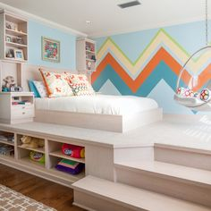 Contemporary Built-in Platform Bed Design Ideas, Pictures, Remodel and Decor
