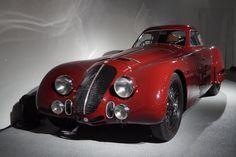 Automobile, Chariots Of Fire, Alfa Romeo 8c, Pretty Cars, Hot Cars, Vintage Cars, Classic Cars, Biker, Batman