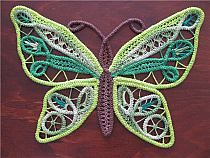 Purple and Green RPL butterfly (Romanian Point Lace which uses crocheted cord) Russian Crochet, Irish Crochet, Love Crochet, Crochet Lace, Crochet Cord, Freeform Crochet, Lace Patterns, Crochet Patterns, Crochet Crafts