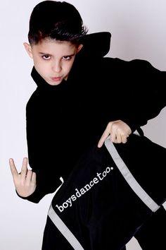 Lucas Triana and his BOYSDANCETOO dance bag!