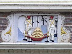 gevelsteen de kaasdragers Hoorn
