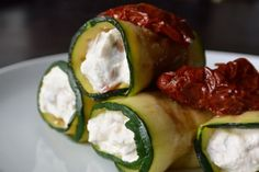 Low carb dinner: Courgetterolletjes met ricotta