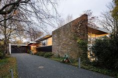 design - Pescher House Richard Neutra, Wuppertal Germany, by Iwan Baan Richard Neutra, Residential Architecture, Interior Architecture, Interior Design, Wuppertal Germany, Houses In Germany, Villa, Modern Exterior, Mid Century House