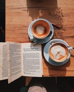 Breakfast Photography, Time Photography, Coffee Photography, Good Morning Coffee, Coffee Break, Coffee Club, Morning Breakfast, Coffee Time Quotes, Cafe Rico