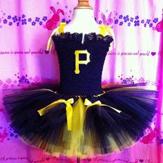 Custom Pittsburgh Pirates tutu dress for a baseball themed wedding. * I apologize for the bad photos - bad weather and only a camera phone makes for bad photos* Front of dress
