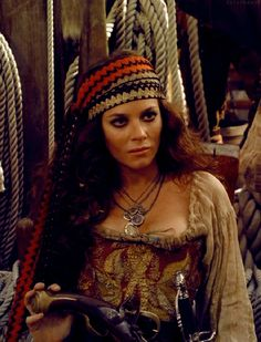neverland 2011 // captain elizabeth bonny Lady Pirate, Pirate Woman, Mermaid Stories, Anna Friel, See Movie, Family Halloween Costumes, Movies Showing, Neverland, Peter Pan