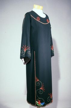 Darri couture    (navy wool gabardine dress - 1920)