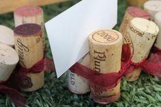 DIY ~ Vineyard/Winery Idea for name cards    www.eventfulplanner.com