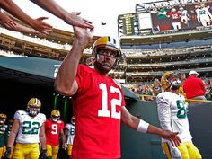 How to stop Aaron Rodgers? For Jaguars it starts before the snap