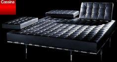 Philippe Starck, Milan Furniture, Leather Furniture, Leather Couches, Couch Design, Yanko Design, Upholstered Sofa, Modern Decor, Architecture Design