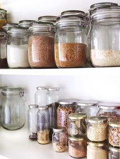 unnötigen Lebensmittelvorrat reduzieren The OGNC unnötigen Lebensmittelvorrat reduzieren The OGNC 9 Easy Pantry Swaps for A Healthier Kitchen - The Effortless Chic Importance of Purging your Home Often - Morganize with Me - Morgan Tyree Bes. Kitchen Pantry, Kitchen Storage, Food Storage, Kitchen Styling, Kitchen Stuff, Pantry Inspiration, Recycling Containers, Recycling Storage, Food Containers
