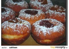 Jednoduché a levné koblihy recept - TopRecepty.cz Slovak Recipes, Czech Recipes, Donuts, Home Baking, Doughnut, Recipies, Food And Drink, Cooking Recipes, Sweets