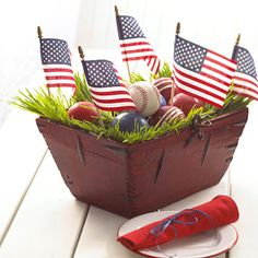 Great Memorial Day  4th of JUly centerpiece idea.