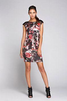 #fashion #style #dress #collezione #rinascimento #autunnoinverno2014/2015  #donna #abito #cerimonia #look #tendenze follow me www.primadonnastyle.net