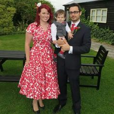 My Pretties - Vivien of Holloway 50s Red and White floral Grace Circle Dress Such a beautiful dress, teamed with a SAMS petticoat for plenty of spinning!