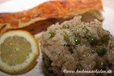 kochennachplan.de : Lachs im Blätterteig mit Erbsenrisotto ..... soso köstlich :) Risotto, Grains, Rice, Food, Cooking, Essen, Meals, Seeds, Yemek