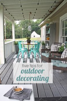 Outdoor decorating ideas for entertaining. (And an awesome gift card giveaway!): #SmallSpaceDesign #Spon