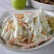 This lighter, more heart-healthy version of coleslaw uses nonfat yogurt instead . Czech Recipes, Ethnic Recipes, Eating Well, Clean Eating, Coleslaw, Yogurt, Cabbage, Health Fitness, Food And Drink