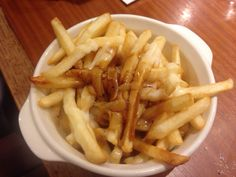 A New Year in Japan - Poutine for Breakfast Cheese Curds, Poutine, Mozzarella, Japan, Eat, Breakfast, Food, Morning Coffee, Essen