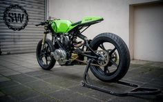'TR-1' Yamaha by Schlachtwerk. Photography by Marc Holstein. via CAFE RACER.  More bikes here.