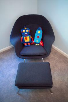 Robot Room - love the robot pillow
