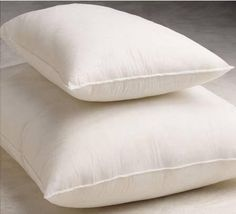 Bed Pillows - Disposable - 20 x 26 - 18 oz. backaches <3 This is an Amazon Associate's Pin. Find out more on the website by clicking the VISIT button.