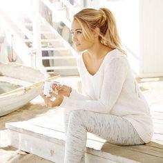 Lauren Conrad looks so comfy!