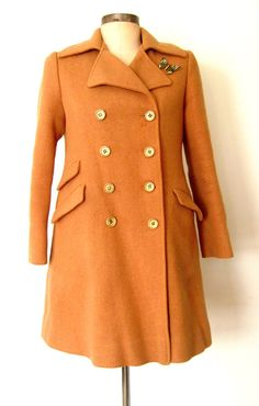 ★ 1960s Vintage CAMEL WOOL Double Breasted Winter Coat: Lolavintage.com