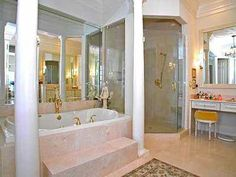 Gorgeous shower and jacuzzi tub combo
