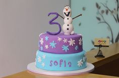 Torta de Frozen on Mocka  http://www.mocka.co/wp-content/gallery/ponques/IMG_9411.jpg