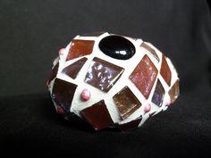 Stein verziert mit Glitter-Mosaik (Bild 3 von unten).  Diesen Glücks-Stein kann man Menschen, die einem am ♥en liegen oder auch sich selbst sch...