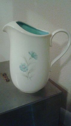 Taylor Smith Taylor Boutonniere Water Pitcher 64oz 1960s Retro | eBay