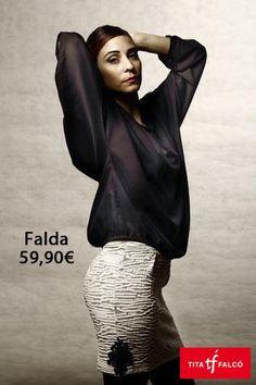 Falda diseño de Rh by Rocio Hidalgo en www.titafalco.com