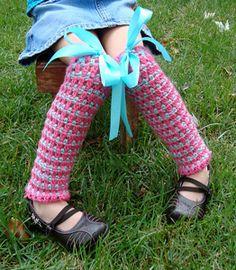 Cluster and Stripe Legwarmers:: Free crochet leg warmers patterns for kids!