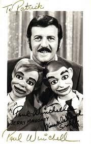 winchell mahoney - and knucklehead smiff! I loved this show! Paul Winchell, Shari Lewis, Charlie Mccarthy, Ventriloquist Doll, Punch And Judy, Archie Andrews, Old Tv, Black And White Pictures, Childhood Memories