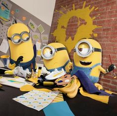 Puma has enlisted the Minions to help design a new Puma collection. The collection ties in with the upcoming film, Despicable Me Amor Minions, Cute Minions, Minions Despicable Me, Minions Quotes, Minion Stuff, Evil Minions, Funny Minion, Minions Images, Minion Pictures