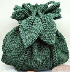 Leafy knit handbag