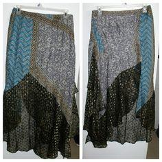 🌧HURRICANE SALE🌧 Free People Handkerchief Skirt Free People skirt with handkerchief bottom, side slit & side zip closure  - NWOT Free People Skirts
