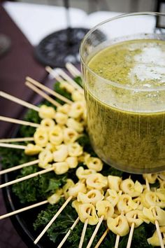 Tortellini with pesto dipping sauce #afterwork #party #appetizer www.CUTESolutions.be