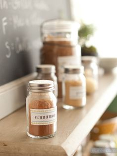 Free Printable Kitchen Organization Labels and lots more freebies!... or just get Sweeps to help organize your home! http://www.sweeps.jobs