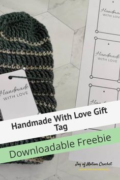 Downloadable freebie gift tag. Handmade gift tag for yarn projects. Handmade gift labels for markets. Market prep gift tags. #crochet #crochetlabel #freedownload Crochet Stitches For Beginners, Crochet Tutorials, Crochet Patterns, Learn To Crochet, Easy Crochet, Free Crochet, Gift Labels, Gift Tags Printable, Craft Stash