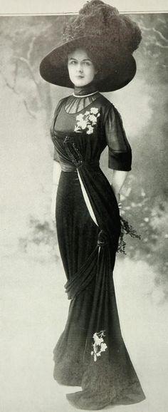 https://flic.kr/p/eesRg5   robe d'après-midi 1909   Les Modes (Paris) November 1909 robe d'après-midi par Margaine-Lacroix