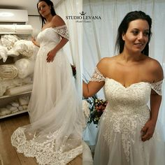 Princess tulle strapless plus size wedding gown with off shoulder sleeves. The one to fall in love with!