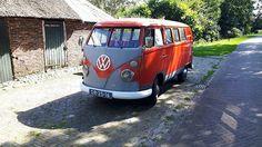 +http://www.volkswouter.nl/web/dr-25-16-volkswagen-transporter-kombi-1965/