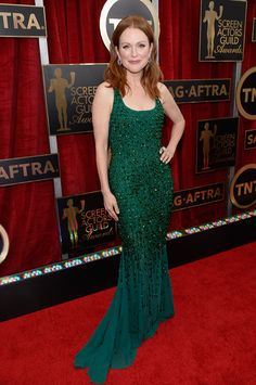 This color is divine on Julianne Moore at the 2015 SAG Awards