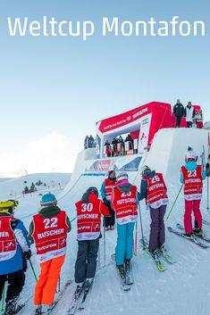 Jedes Jahr im Dezember trifft sich im Skigebiet Silvretta Montafon die Weltspitze der Ski und Snowboard-Crosser zum Kräftemessen. Ein riesiges Sportfest in Schruns und auf den Pisten, das ohne die vielen Freiwilligen gar nicht möglich wäre. Wir haben hinter die Kulissen geschaut. #weltcup #ski #fis #meinmontafon #visitvorarlberg #myvorarlberg Snowboard, Comic Books, Comics, Cover, Sports Party, Volunteers, Hiking Trails, Ski, World