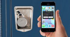 Noke: Mit Noke wird Sicherheit auf einen zeitgemäßen Technologiestandard gehoben, denn dieses Schloss kommt ganz ohne Schlüssel aus. Um Noke zu öffnen braucht es nicht mehr, als das eigene Smartphone in der Tasche, mittels Bluetooth wird der nötige Impuls gesendet, um das Schloss zu öffnen. Die dazugehörige App ermöglicht es auch, den Zugriff auf ein Schloss nach Belieben mit anderen zu teilen...