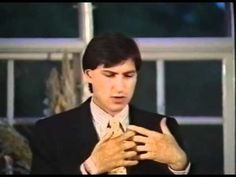 In this fascinating talk, the late Steve Jobs describes his vision of the future to Lunds University officials.